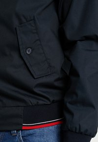 HARRINGTON - MICK - Bomberjacks - navy - 5