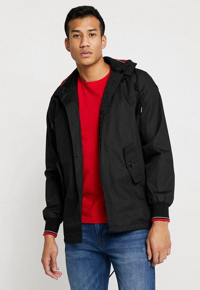 MICK HOODED - Summer jacket - black