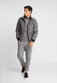 HARRINGTON - COSTELLO - Lehká bunda - grey - 1