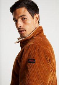HARRINGTON - LIAM - Light jacket - caramel - 3