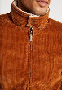HARRINGTON - LIAM - Light jacket - caramel - 5