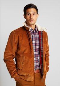 HARRINGTON - LIAM - Light jacket - caramel - 0