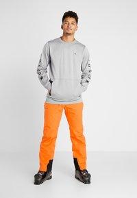 Halti - PUNTTI PANTS - Schneehose - vibrant orange - 3