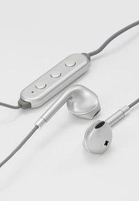 Happy Plugs - WIRELESS II - Høretelefoner - space grey - 4