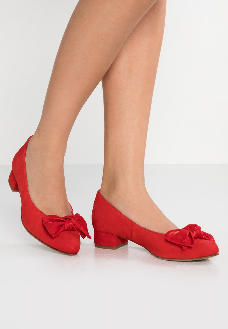 HASSIA - WIDE FIT MARBELLA - Pumps - red