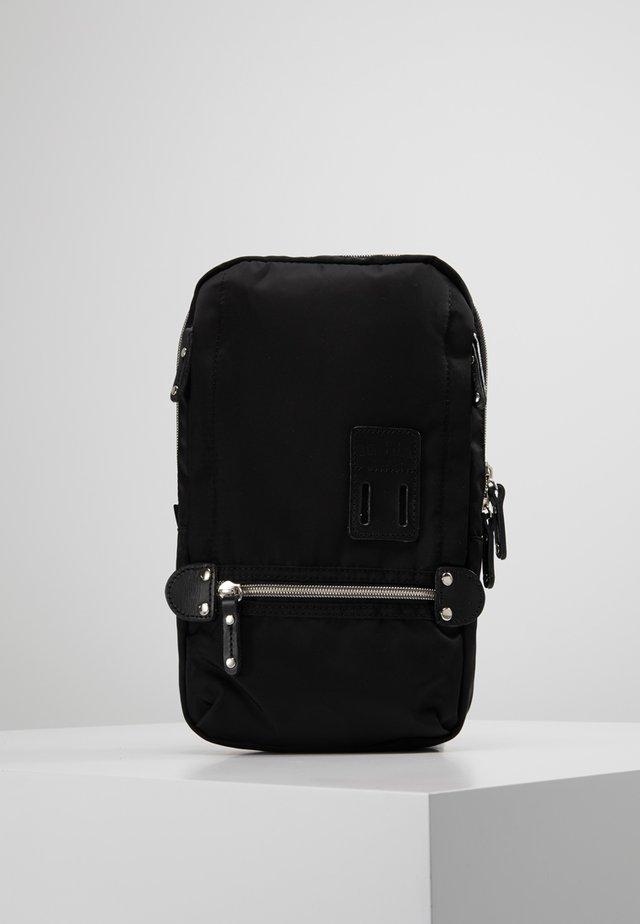 TAKAO NY - Across body bag - black