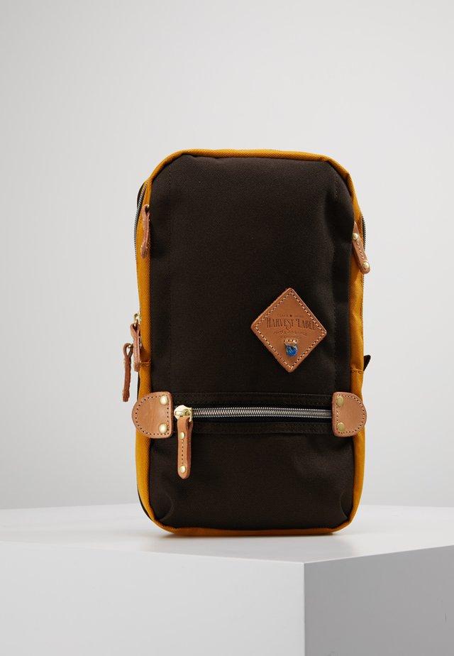 MINI MULTI - Across body bag - brown