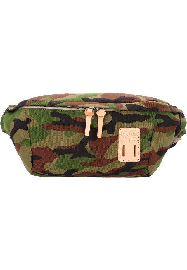 TOKACHI  34 CM - Bum bag - camouflage