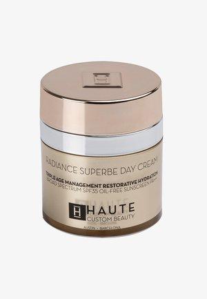 RADIANCE SUPERBE SUPREME DAY CREAM 50ML - Färgad dagkräm - neutral medium