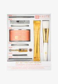 Haute Custom Beauty - JET SET INSTANT GLOW LUMINOSITY - Huidverzorgingsset - - - 0