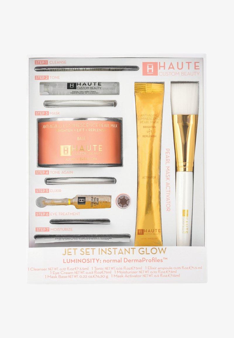 Haute Custom Beauty - JET SET INSTANT GLOW LUMINOSITY - Huidverzorgingsset - -