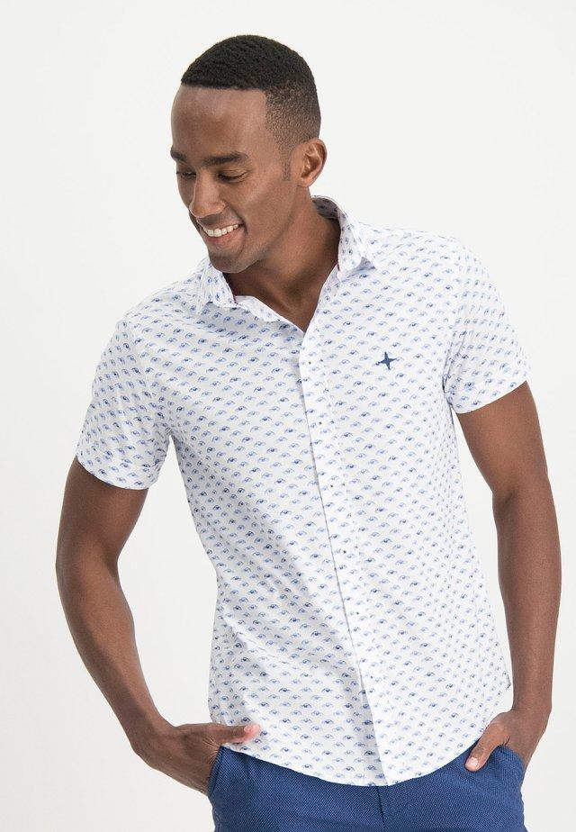 HAZE&FINN HEMD - Shirt - white