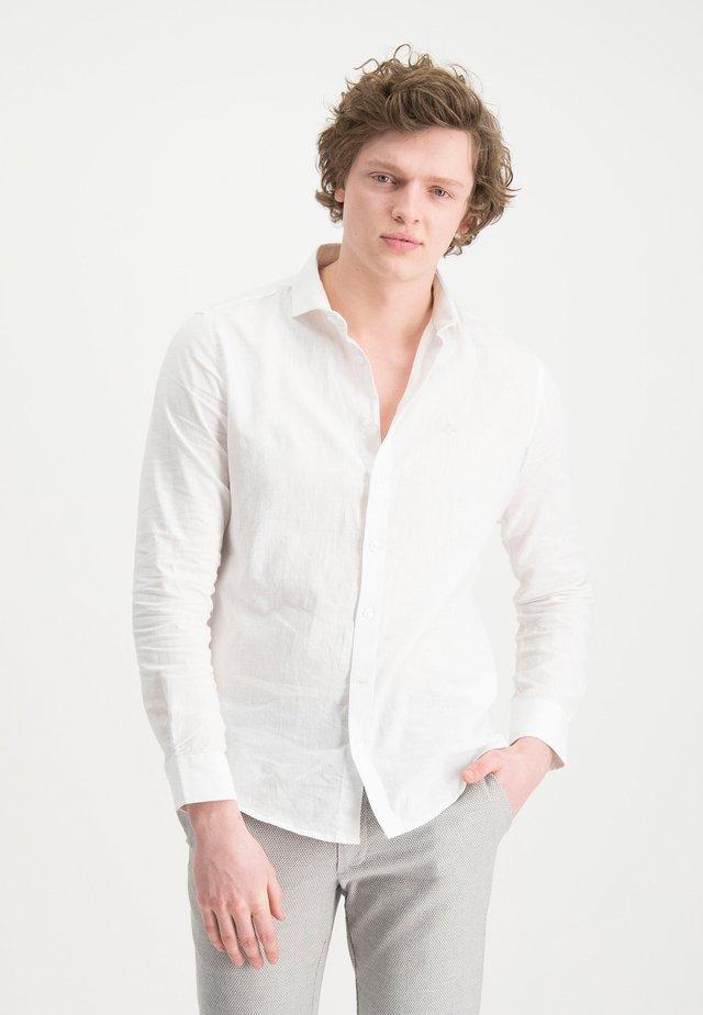 HAZE&FINN HEMD - Košile - white