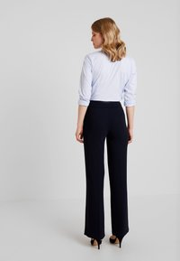 Hobbs - MINA TROUSER - Pantalones - navy - 3