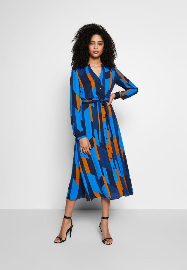 DALIA DRESS - Skjortekjole - navy/multi