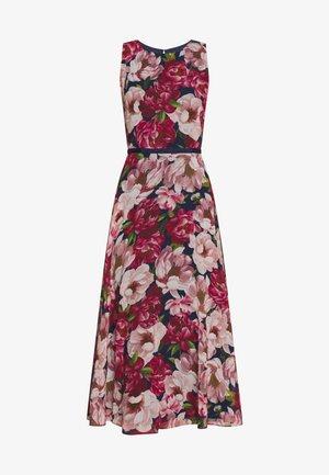 CARLY DRESS - Denní šaty - peony pink