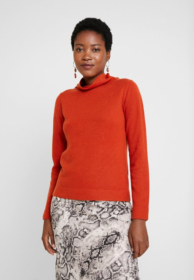 AUDREY - Strickpullover - rust orange