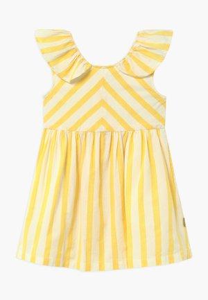 DORTHEA - Vestido informal - lemon drop