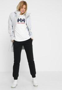 Helly Hansen - LOGO - Print T-shirt - white - 1