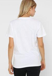 Helly Hansen - LOGO - Print T-shirt - white - 2