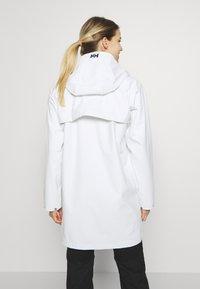 Helly Hansen - MOSS RAIN COAT - Waterproof jacket - offwhite - 2