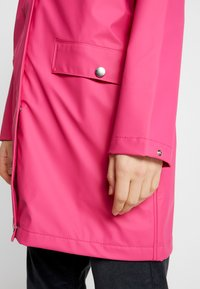 Helly Hansen - MOSS RAIN COAT - Waterproof jacket - dragon fruit - 5