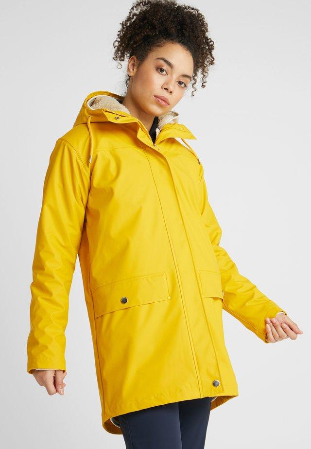MOSS INS COAT 2-IN-1 - Waterproof jacket - essential yellow