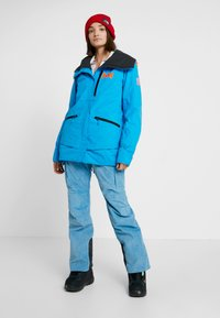 Helly Hansen - SHOWCASE JACKET - Snowboardjacke - bluebell - 1