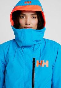 Helly Hansen - SHOWCASE JACKET - Snowboardjacke - bluebell - 3