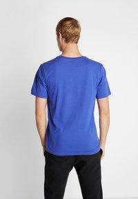 Helly Hansen - LOGO - T-shirt med print - royal blue - 2