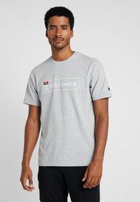 Helly Hansen - T-shirt imprimé - grey melange - 0