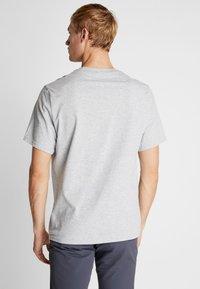Helly Hansen - NORD GRAPHIC  - Print T-shirt - grey melange - 2