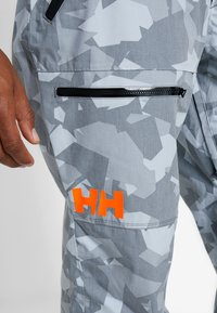 Helly Hansen - SOGN CARGO PANT - Zimní kalhoty - quiet shade - 5