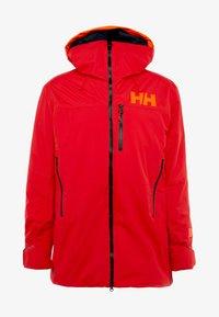 Helly Hansen - STRAIGHTLINE LIFALOFT JACKET - Snowboardová bunda - alert red - 6
