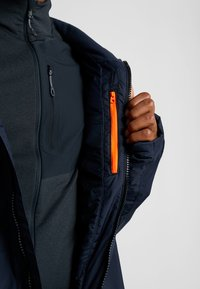 Helly Hansen - STRAIGHTLINE LIFALOFT JACKET - Snowboardová bunda - navy - 3