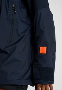 Helly Hansen - STRAIGHTLINE LIFALOFT JACKET - Snowboardová bunda - navy - 7