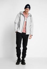 Helly Hansen - URBAN RAIN JACKET - Waterproof jacket - grey fog - 1