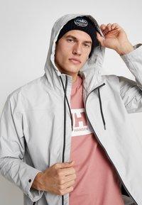 Helly Hansen - URBAN RAIN JACKET - Waterproof jacket - grey fog - 3