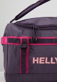 Helly Hansen - NEW CLASSIC DUFFEL BAG XS 30L - Sportovní taška - nightshade - 9
