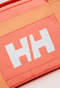 Helly Hansen - SCOUT DUFFEL S - Sports bag - living coral - 2