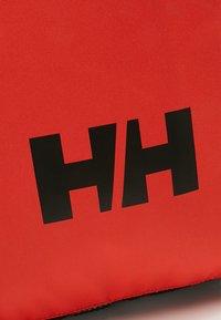 Helly Hansen - RACING BAG - Ryggsekk - cherry tomato - 8