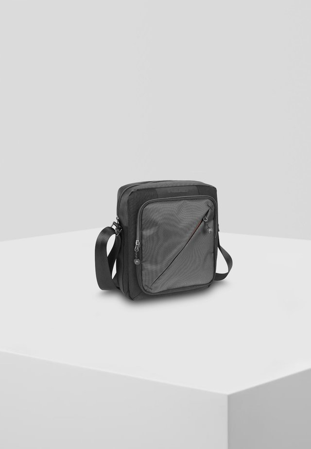 MIT RFID-SCHUTZ - Across body bag - black