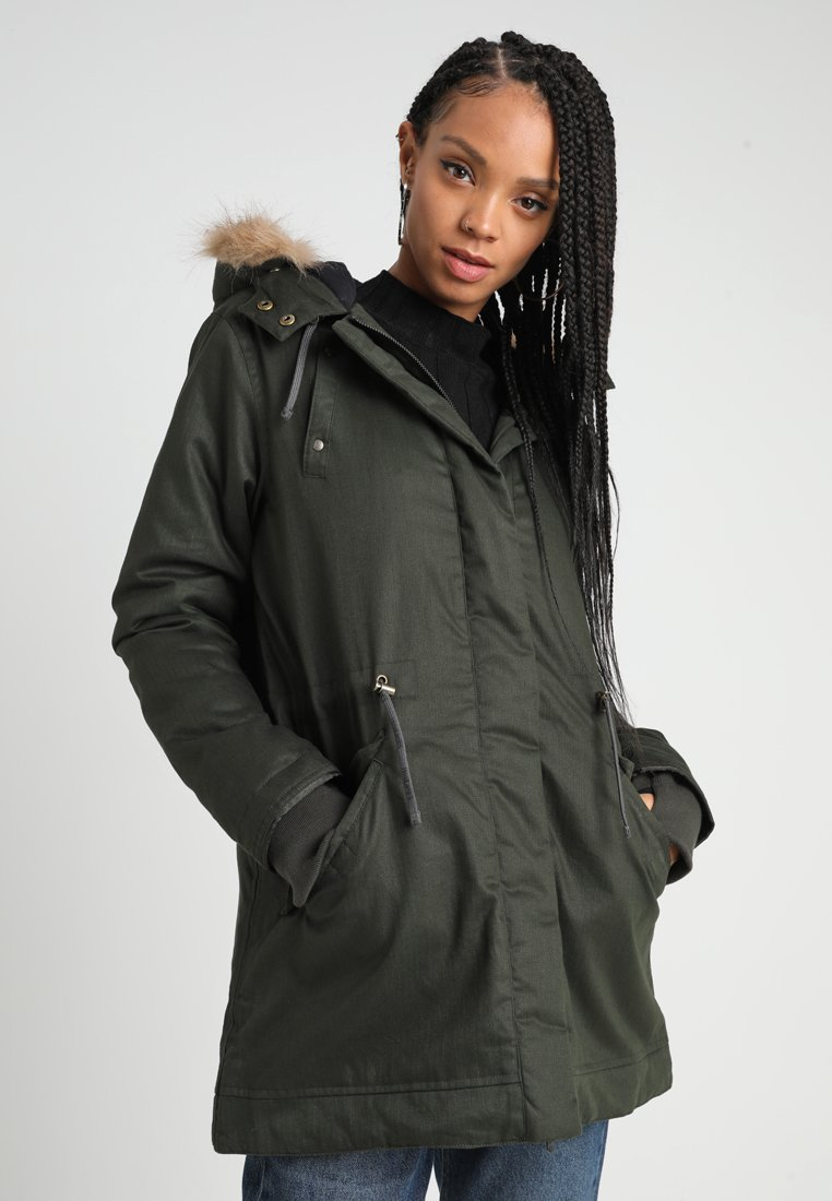 Hoodlamb - LADIES NORDIC LIGHT PARKA - Parka - deep army green