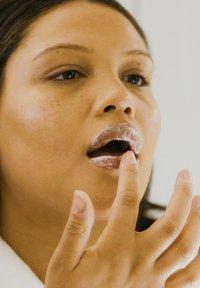 HELLO JO BEAUTY - HELLO JO BEAUTY HELLO JO SPEAK UP! BUBBLE LIP MASK - Lip scrub - - - 0