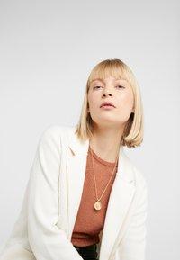 Hermina Athens - ILIOS CORD CHAIN PENDANT - Necklace - gold-coloured - 1