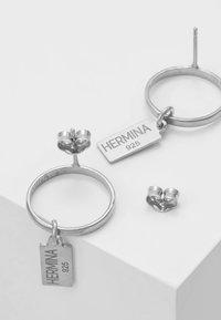 Hermina Athens - HERMINA TAG BAND EARRINGS - Earrings - silver - 2