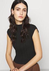 Hermina Athens - KRESSIDA SMALL PIN EARRINGS - Ohrringe - gold-coloured/multi - 1
