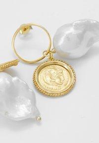 Hermina Athens - HERCULES LOST SEA BAND EARRINGS - Earrings - gold-coloured - 4