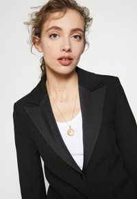 Hermina Athens - ALMATHEA PENDANT - Necklace - gold-coloured - 1