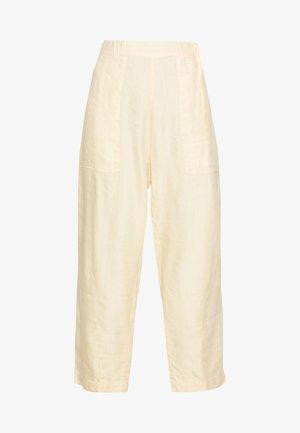 KAII PANTS - Trousers - sand